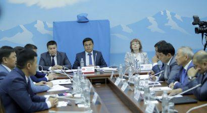 Депутаты определились. Что вменяется в вину экс-президенту Кыргызстана?