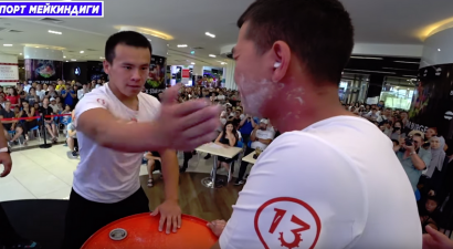 Бей до крови! В Бишкеке состоялся экзотический чемпионат по пощечинам (ВИДЕО)