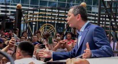 В Кыргызстан вернулся Омурбек Бабанов. Что ждет опального миллиардера и бывшего кандидата в президенты? (ВИДЕО)