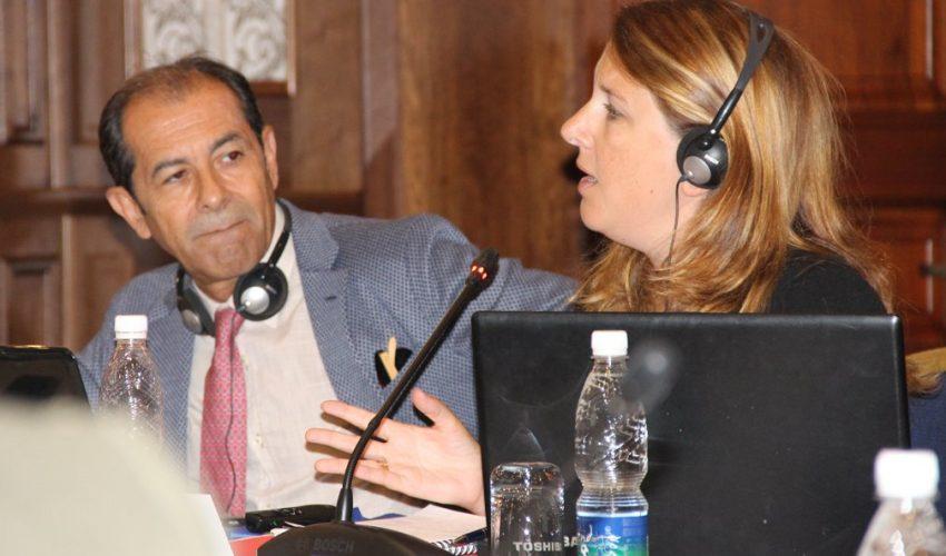 С. Алонсо и С. Родригез предложили передавать осужденным продукты в обрез!