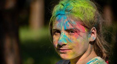 Color fest – обсыпайся краской весь!