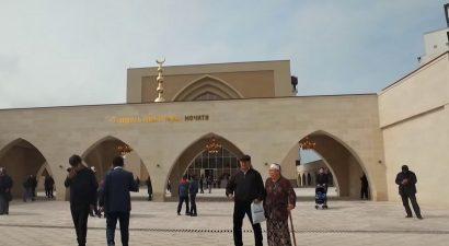 В Кыргызстане арестована мечеть, которую построил экс-президент Алмазбек Атамбаев