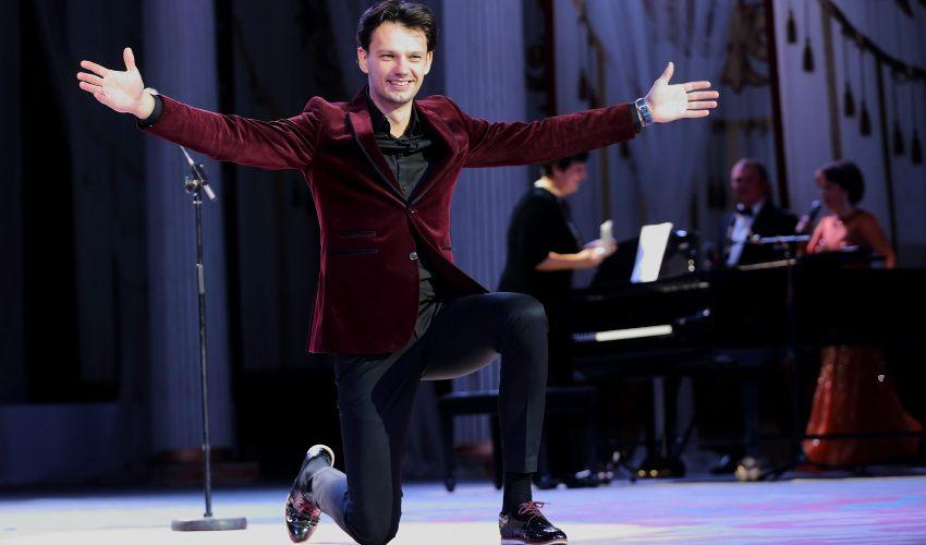 Обладатель приза зрительских симпатий Борис Цыбин.