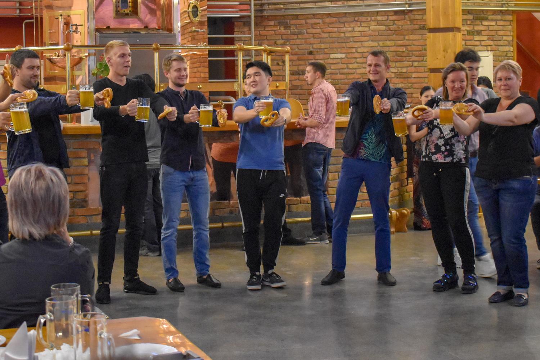 Сосиски, пиво, рок-н-ролл! Компания «Штайнброй» провела в Бишкеке свой «Октоберфест»