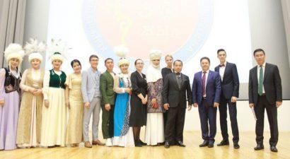 В Москве в честь 30-летия независимости Кыргызстана прошел праздничный концерт