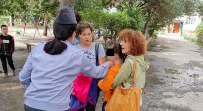 На Иссык-Куле нашлись родители потерянной девочки с синдромом «Дауна»
