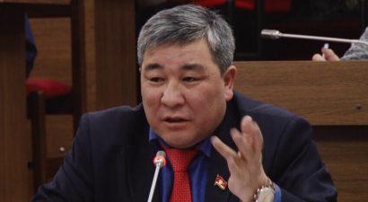 Депутат ЖК подозревается в нападении на таксиста в Бишкеке